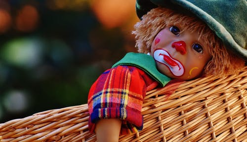 dítě klaun